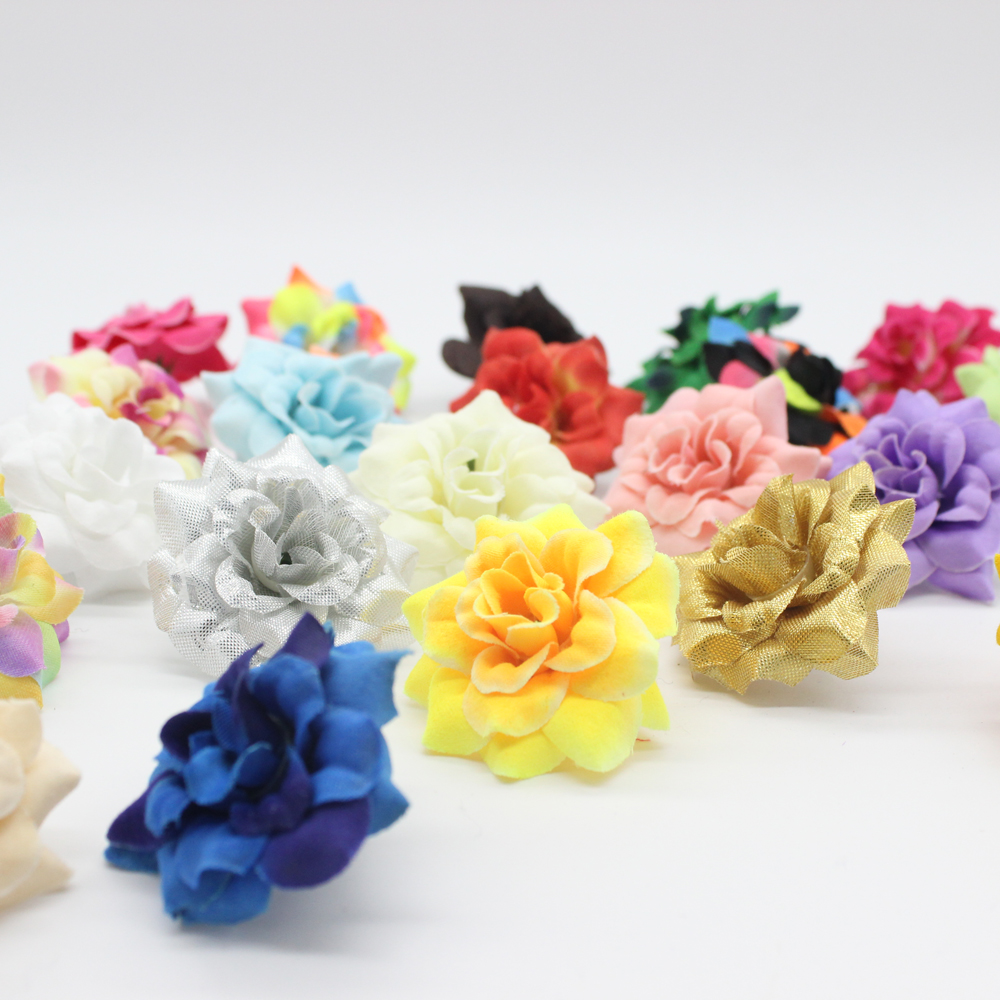 100 stykker 1,77 tommer Kunstig Silke Små Rose Flower Heads Hjem Have Decor Party & Wedding Hair Clip Favorit AFH0047