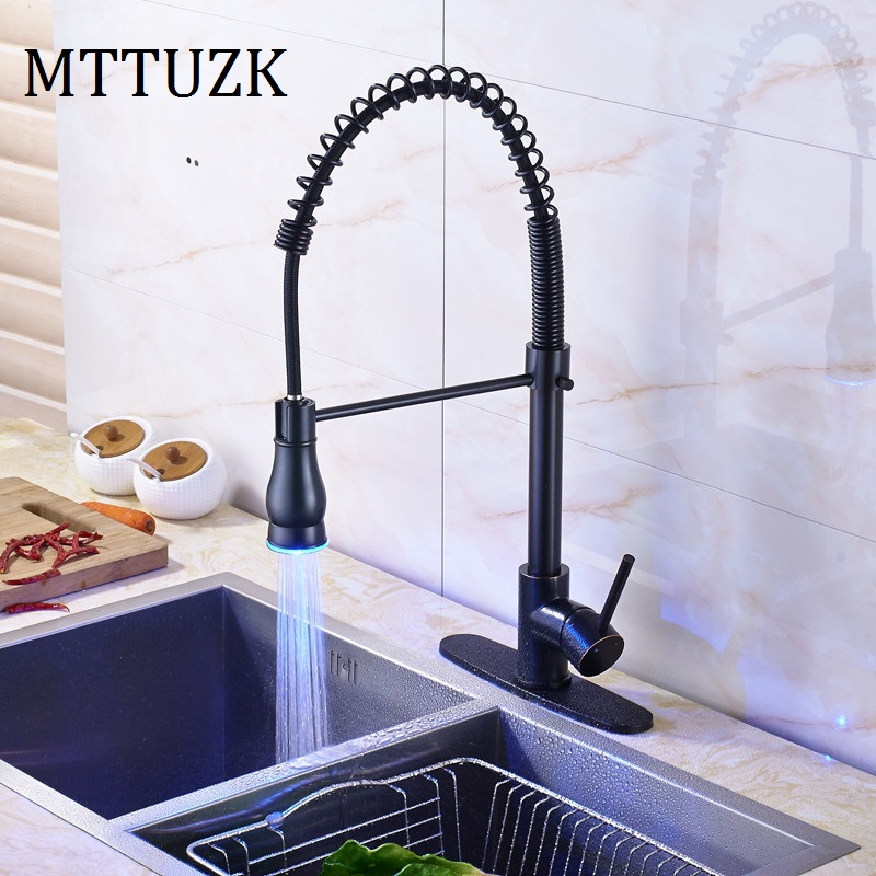 MTTUZK oil bubbed kitchen brass spring faucet, pull out kitchen faucet hot and cold water mixer tap deck mounted basin faucet