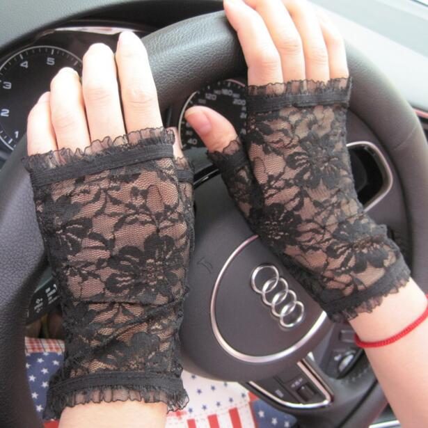 Women's Spring And Summer Semi-finger Thin Sunscreen Gloves Driving Gloves Lady's Anti-uv Lace Gloves Sexy Fingerless Gloves