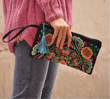 New Fashion Embroidered Women Small Day Clutches!Nice Handmade Flower Embroidery Lady Canvas Flap Tassel Totes All-match Carrier