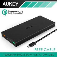 Aukey 16000 mAh cargador Portable del banco con Qualcomm carga rápida 2.0 Tech para Samsung Galaxy S7 S6 borde LG Nexus one G5 6 P más