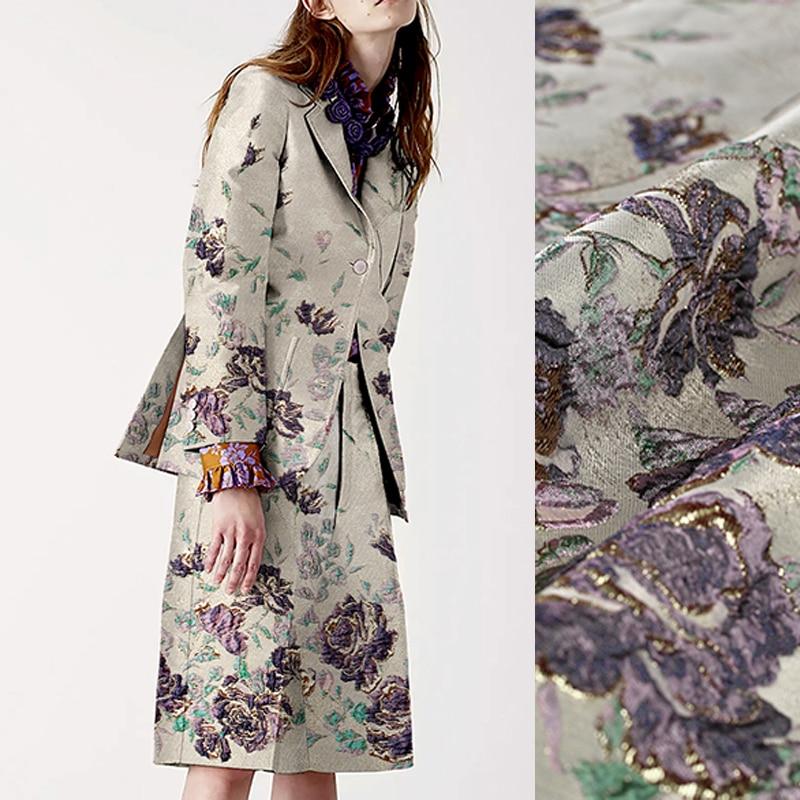 140 センチメートルワイド 320 グラム/メートル紫色の花ジャカード錦織春秋のジャケットの服ドレスコートピンク生地 DE976  グループ上の ホーム&ガーデン からの 生地 の中 1