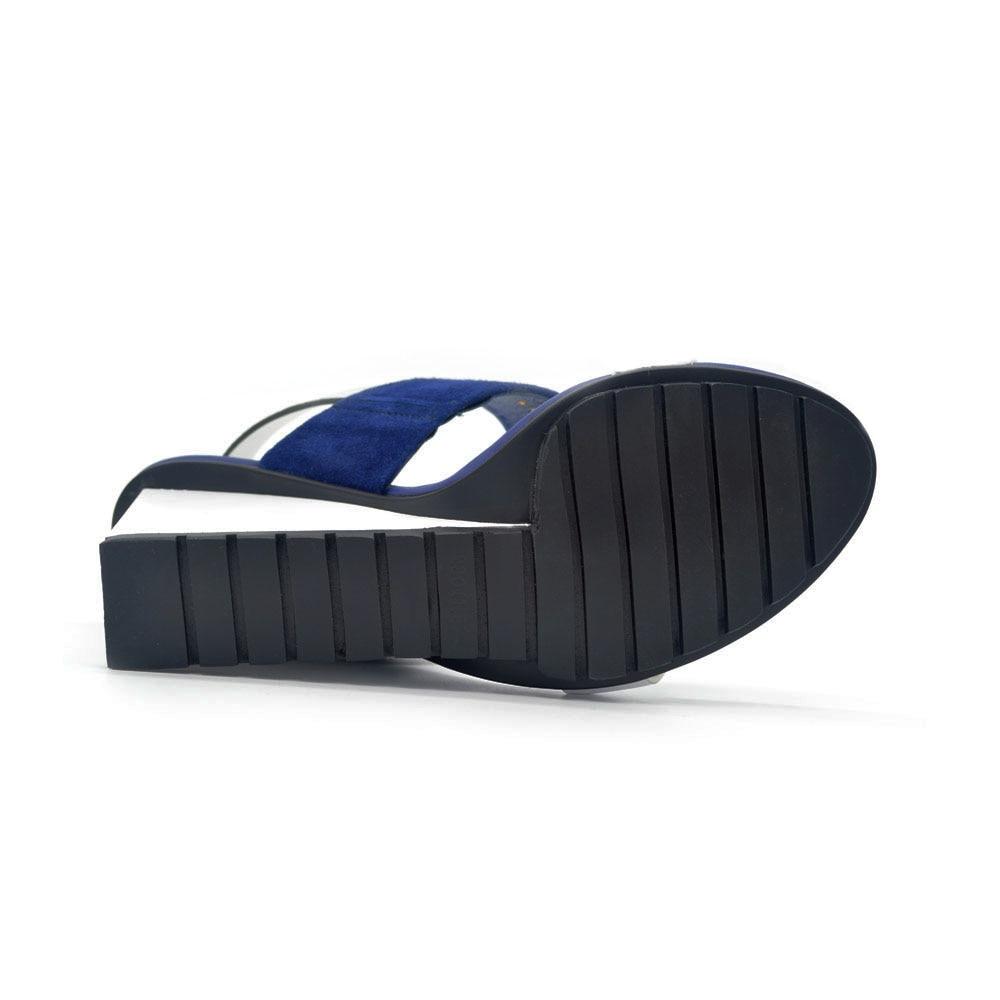 4e044fef3e1816 Femmes Sandales 2018 cuir Véritable Mixte Couleur D'été De Base Sandales  Coins Chaussures pour Femmes Bleu Abricot Argent HL27 MUYISEXI dans Femmes  de ...