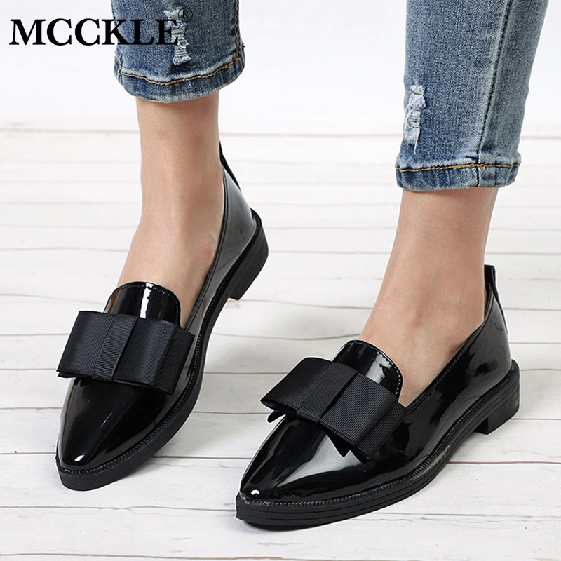 MCCKL סתיו דירות נשים נעלי Bowtie פטנט עור אלגנטי נמוך עקבים להחליק על נעלי נשי מחודדת הבוהן עבה העקב