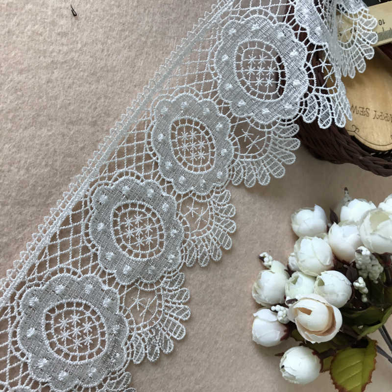 White Scalloped Venise Style Lace with Pink Flower Detail