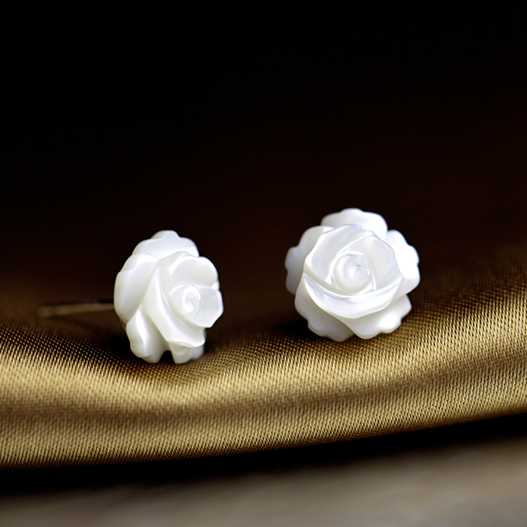 Cute Korean Natural Shell Rose Earring For Girls Silver Studs Earrings With Shell Flower Women Accessories Wedding Jewelry Gift in Stud Earrings from Jewelry Accessories