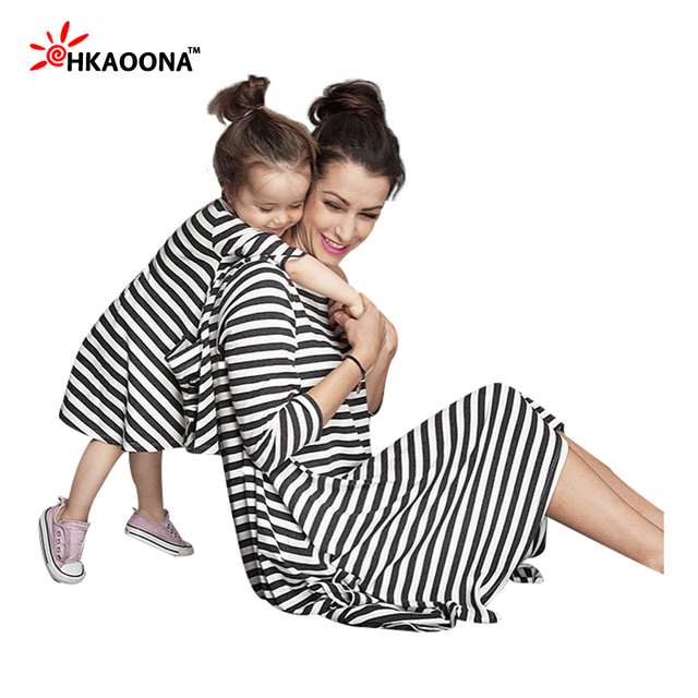 HAKOONA 2016 Baby Girls And Mom Dress Loose Black White Stripe  Family Clothing Long Sleeves O-neck Cotton Pajamas Family Fitted