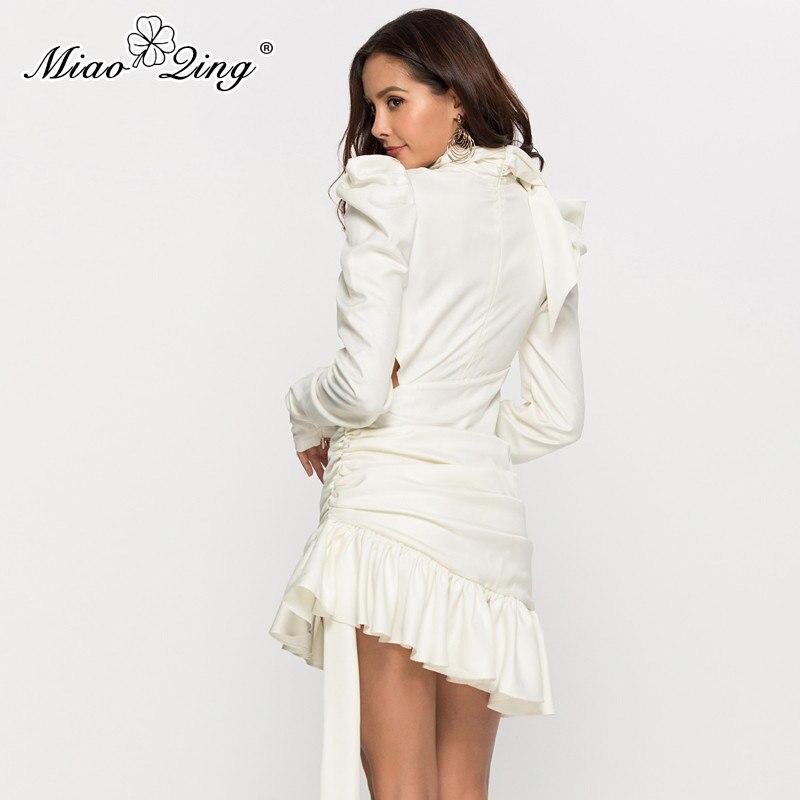 Longues Mini Noir Noir Sexy Pour Blanc À Manches Miaoqing Vêtements Robe Femmes De Tenue Élégant blanc Dames Volants 2019 Creux Fête Les qPnwzxRO