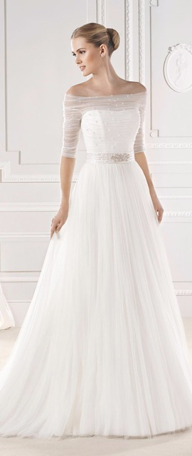 Half Sleeves Wedding Dress For Muslim Women A Line Silky Organza Beaded Gown Princess