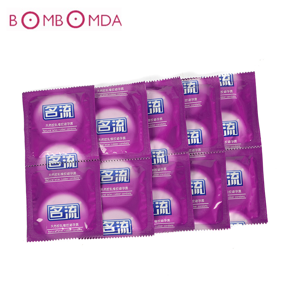 Ultra thin Condoms for Men Extra Safe Super lubrication Latex Adult Sex Product <font><b>Natural</b></font> Latex Safer Contraception Penis Sleeve image
