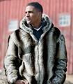 2016 otoño y el invierno ropa de los hombres de Europa y América de los hombres chaqueta de Piel Falsa de Abrigo chaqueta de cremallera con capucha a rayas verticales T0580