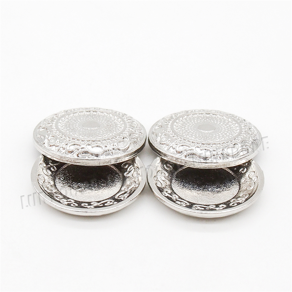 Odoria 1:12 Miniature 2PCS Fancy Pewter Dishes Trays With