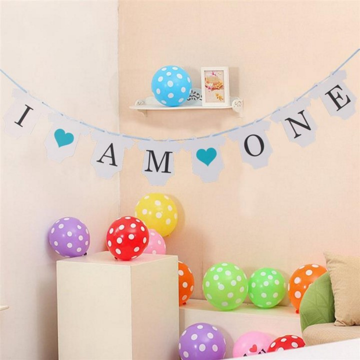 Birthday Banner  I AM ONE  Romper Suit Banner Bunting Garland Baby Girl/Boy First Birthday Party Decor Baby Shower Photo Prop