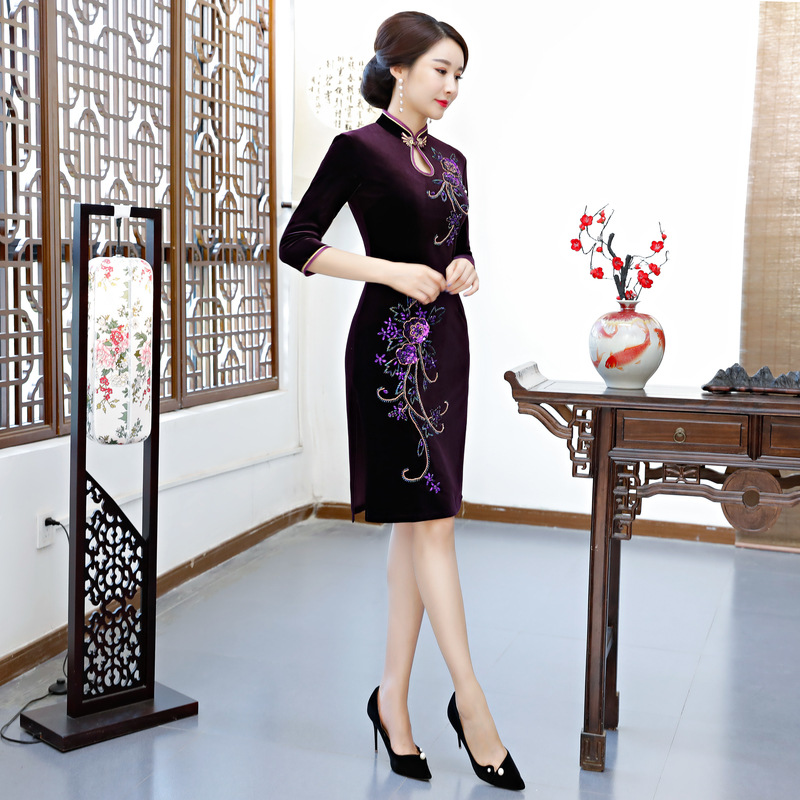 2018 Knee Length Velour Cheongsam Vintage Chinese style Handmade Beading Dress Fashion Womens Qipao Slim Party Dresses Vestido-in Dresses from Women's Clothing    2
