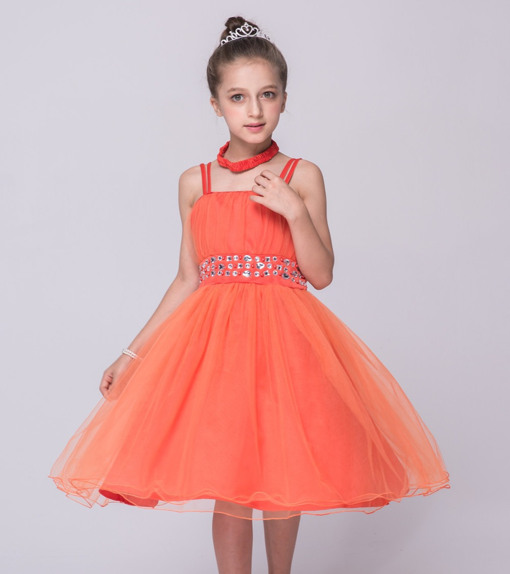 Party Girls' Dresses at Macy's come in a variety of styles and sizes. Shop Party Girls' Dresses at Macy's and find the latest styles for your little one today.