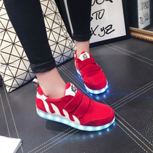 Hot Sale new arrived Women LED Shoes for Adults White Red Glowing Light Up Flat Shoes Luminous Recharging Size 35-40