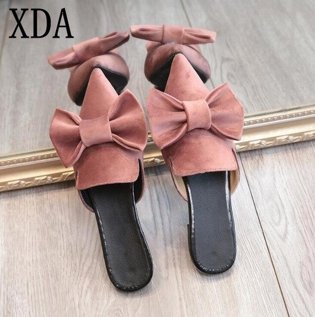 0dc0451746 XDA 2019 Mulheres sandálias da moda chinelos sandálias flats ponto toe de  camurça bowknot moda verão