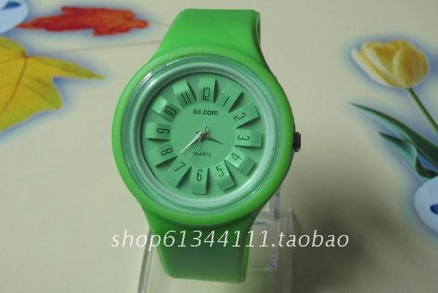Free shipping lap Children watches hour silicon strap candy Cartoon Quartz Analog Watches lovely kid watches silicon strap