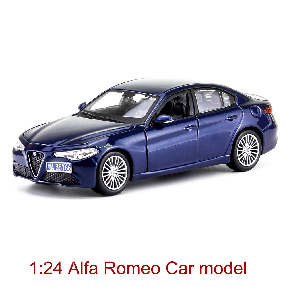 1:24 Luxury Car Model Giulia Alloy Car Static Model Sports Car Collector's Edition Model Color Box Package Boy Toys Gifts italy sports car reventon alloy static model 1 24 convertible car limited edition model color box package toys gift