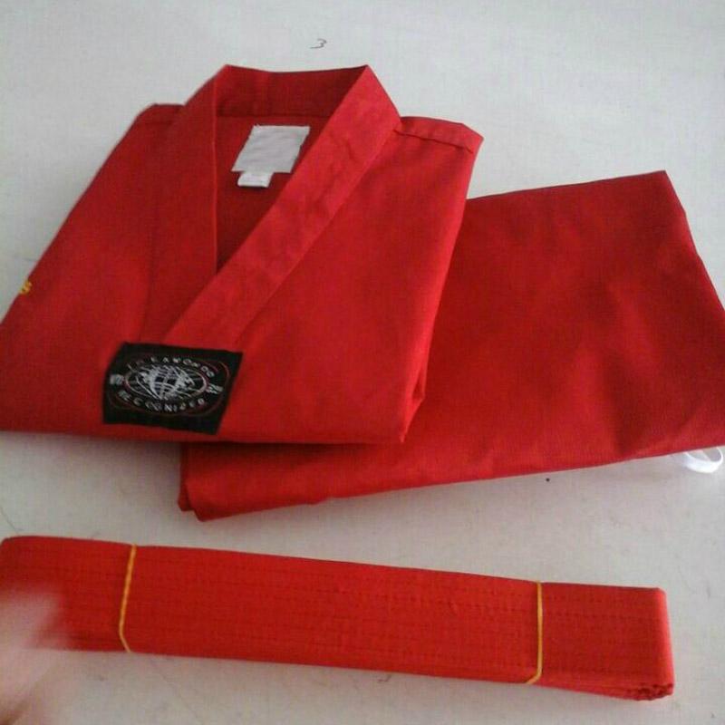 taekwondokleding rood