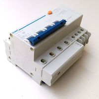CHINT DZ47LE 32 4P C20A Earth Leakage Circuit Breaker Residual Current Operated Circuit Breaker
