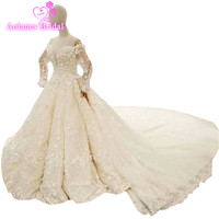 2018 Arabic Champagne White Lace Appliques V neck Cathedral Train Bride Dress Lace Up Waves Ball Gown Vintage Wedding Dresses