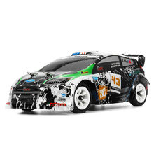 Wltoys K989 1:28 RC سيارة 2.4G 4WD نحى موتور 30km/ساعة عالية السرعة RTR سيارة حرة الحركة تعمل بالريموت كنترول سبيكة التحكم عن بعد سيارة Voiture عن بعد
