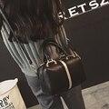 Free shipping, 2017 new woman fashion handbags, trend leisure messenger bag, simple Korean version women bag, retro pillow flap.
