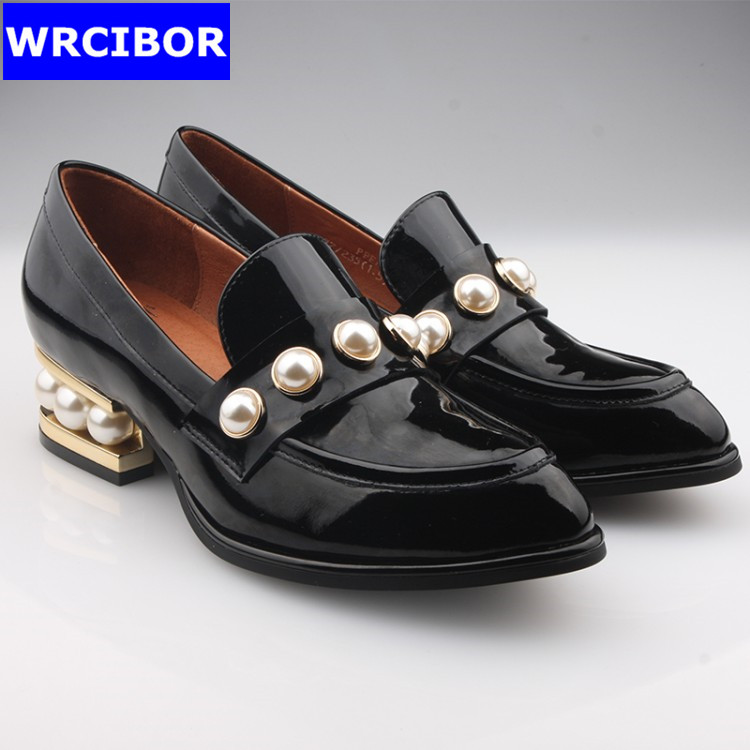 Patent leather Vintage Flat Oxford Shoes font b Woman b font Flats 2017 Fashion pearl British