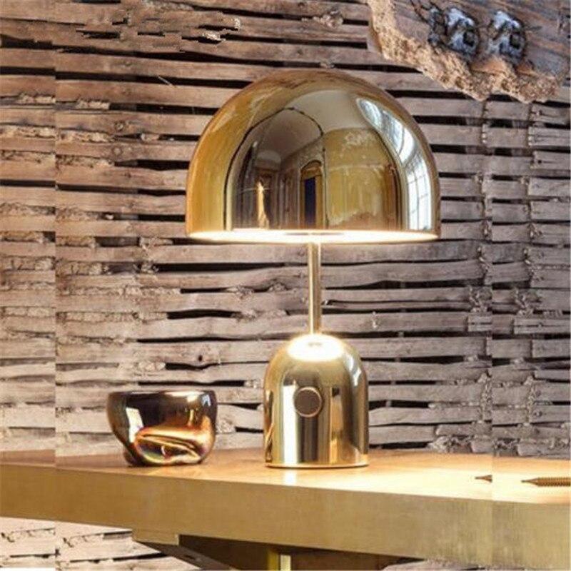 Salon postmoderne lampe de Table créative en métal échantillon chambre canapé lampe de Table bureau d'étude apprentissage lampes de chevet livraison gratuite