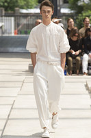 27 42 Europe and the United States show models tide male loose jumpsuit 2018 new hair stylist wild simple wide leg jumpsuit