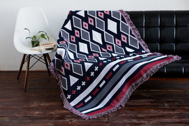 2016 Cotton Fringed Vintage Baby Blanket Throws on Sofa/Bed/Plane Travel Plaids Hot Emergency Knitted Vintage Blanket Plaid  american lattice blanket sofa decorative slipcover throws on sofa bed plane travel plaids rectangular color stitching blankets