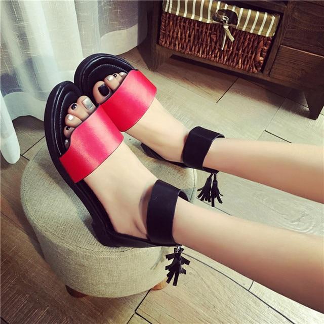 Летние Сандалии для девочек Для женщин без каблука из модного кожзаменителя 2017, Новая мода на молнии Сандалии для девочек удобная женская повседневная обувь zapatos mujer
