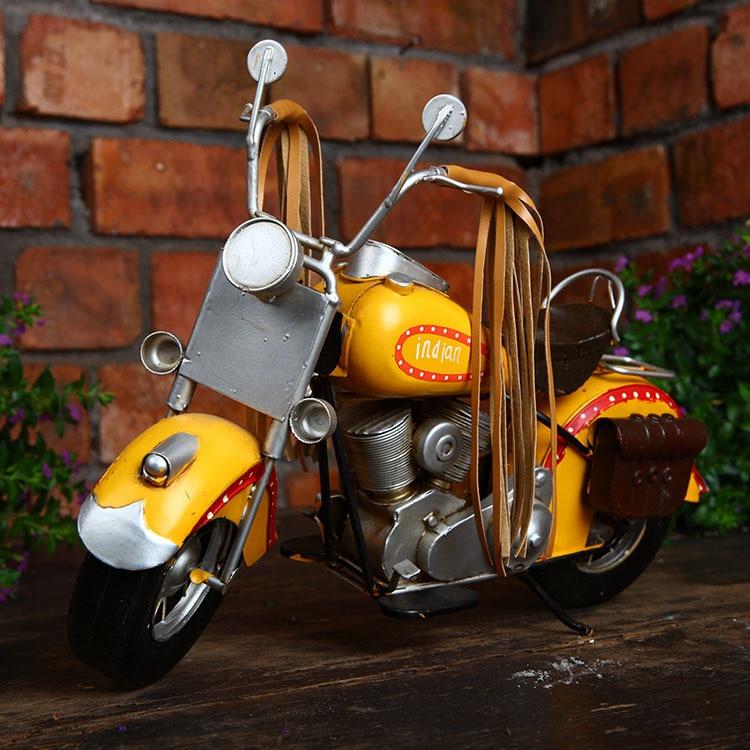Retro Motorcycle Model Iron Arts Creative Gift Photo Props Motor Figurine Metal Handicraft Home Decoration Bar Cafe Decor