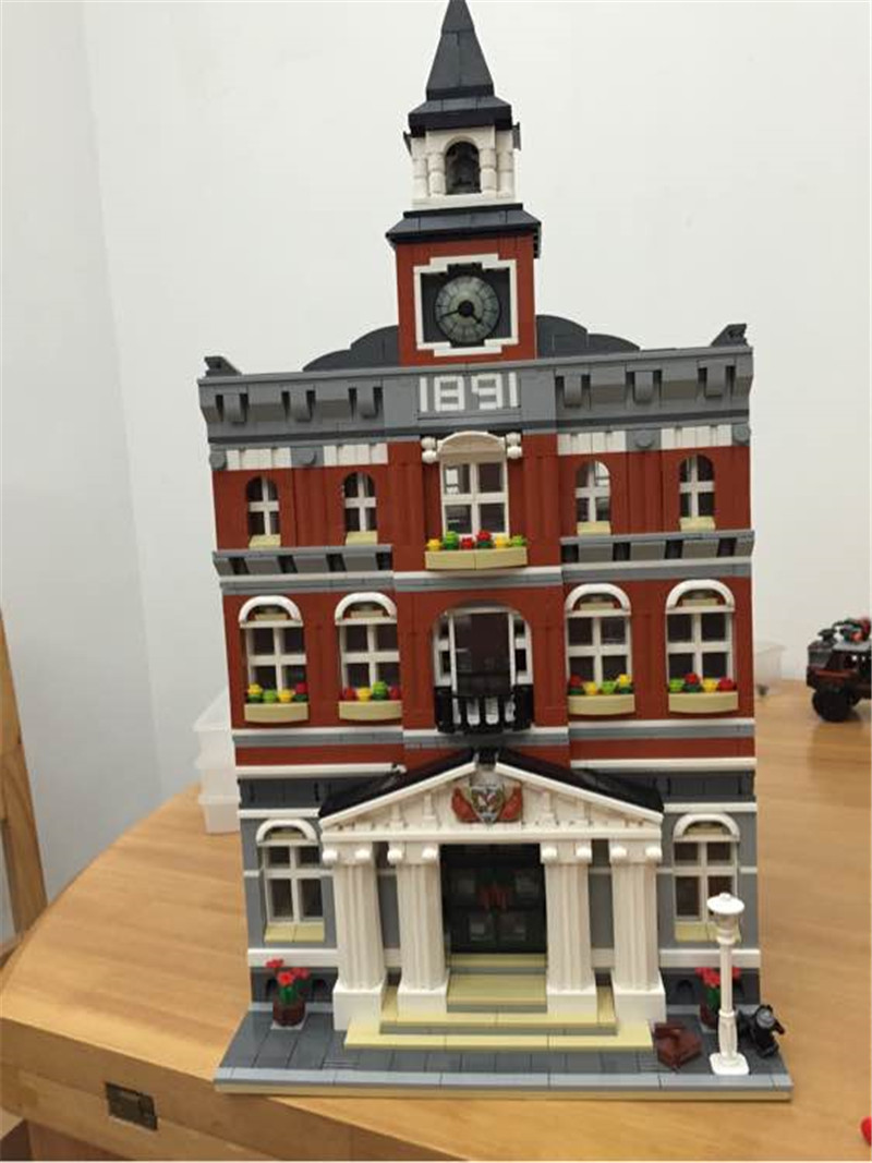 HOT SALE City Street VIEW The Town Hall Model Building Block Assembling Toys Kits Compatible with Lepins Educational Gifts hot elves long after the rescue ction fairy building block model compatible lepins