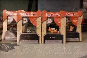 Image 2 - Оптовая продажа kpop kawaii оригинальное качество Chis cat противопылевая заглушка для сотового телефона ks милый аниме разъем для ушей в разных стилях