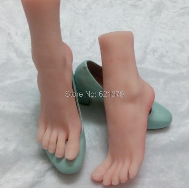 Секс игрушка ноги