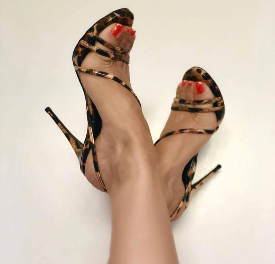 a8d0ee2c0a Patente Alta Salto fd8 Mulheres Leopardo Para Leopard Cinto Alto Couro  Grande De Trás sandálias Das Tamanho Zl Fino Poadisfoo Sapatos ...