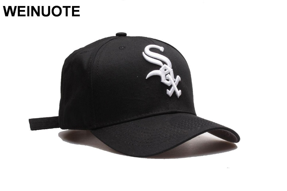 Men s Chicago White Sox Strapback Black Hats Sport classic Fashion White SOX  logo Baseball Hat Curved Caps For Women 8db8a80479b