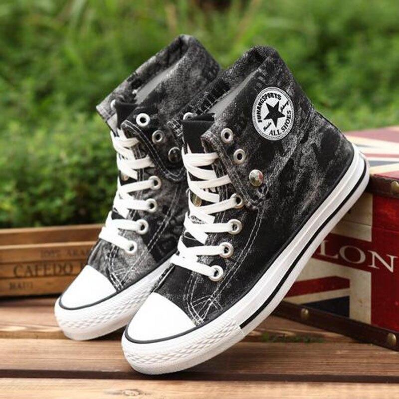 Prix pour 2016 Nouvelle Planche À Roulettes Chaussures hommes femmes amant sport sneakers Toile classic High Top Appartements Denim chaussures de marche Unisexe