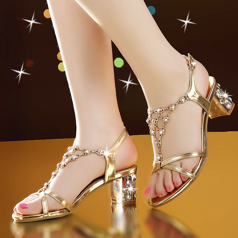 2018 summer new sandals female tide with rhinestones wild thick with Korean fashion high-heeled summer women's shoes aliwilliam 2017 summer new korean wild
