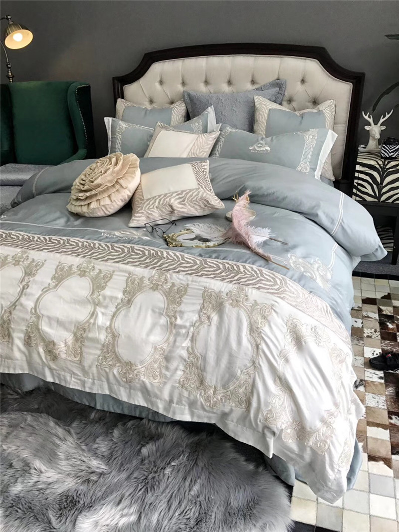 Light blue White luxury 100S Egyptian Cotton silvery Embroidery Bedding Set Queen King Size Duvet Cover Bed sheet Pillowcases