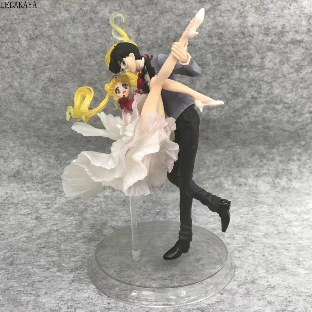 24cm Sailor Moon Tsukino Usagi & Chiba Mamoru Dress Zero