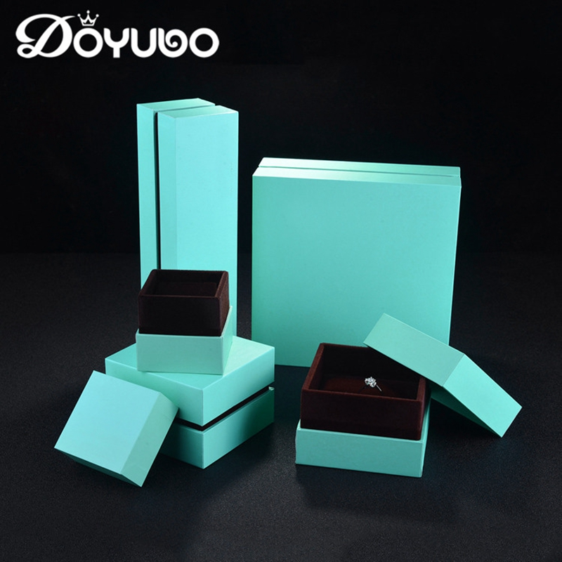 DOYUBO New Arrival Green PU Leather Square Jewelry Packaging Box Sets Series With Ring / Pendant / Bracelet /Necklace Box B008