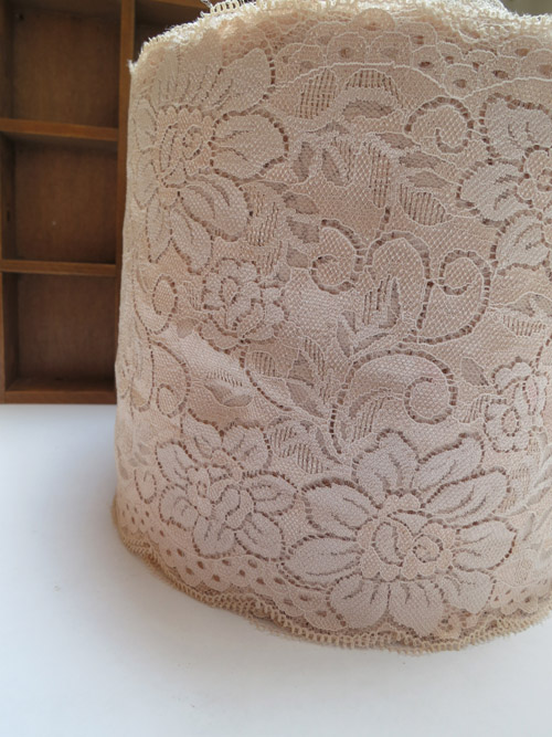 17CM Width (10meters/lot) Khaki Double Edge Flower Embroidered Underwear Ladies Trimming Lace Garment Accessary W368