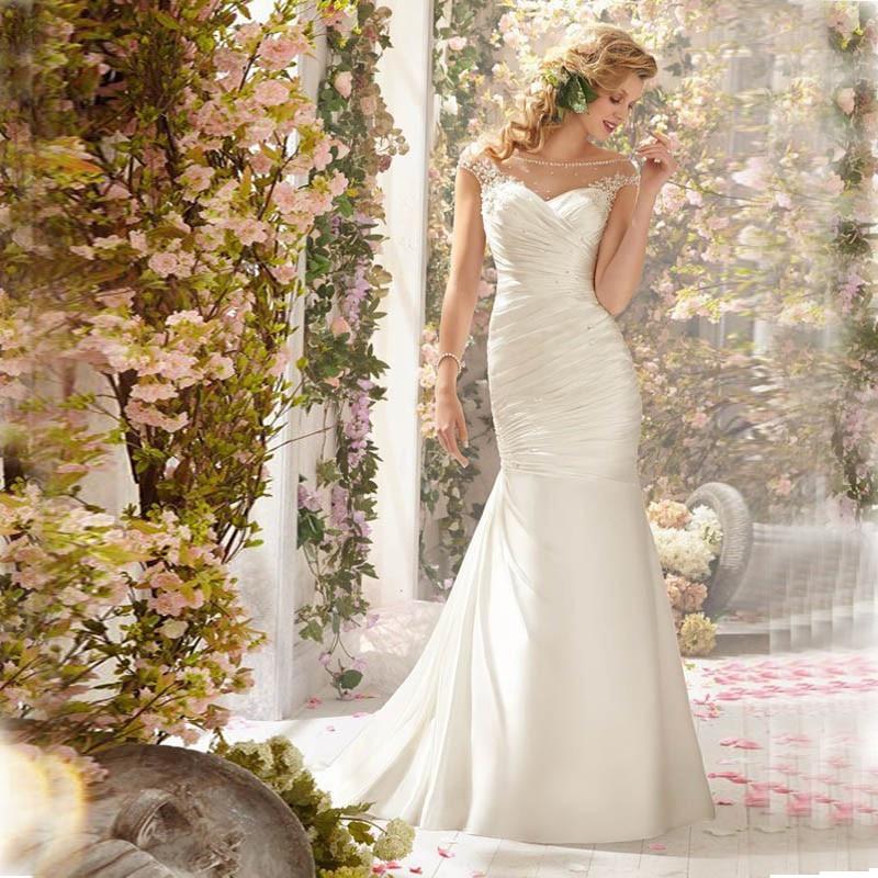Buy Cheap Romantic ELegant Cheap Lace Mermaid Wedding Dresses 2017 Sheer Sequins Appliques Vestidos de novia de renda With Buttons Pleats