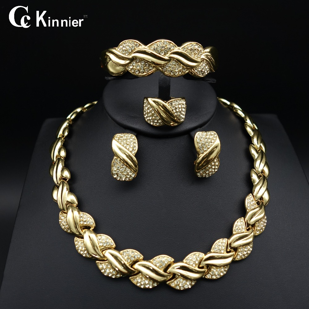 Fashion of women jewelry set African Dubai gold-color Exaggerate necklace bracelet earrings wedding african beads jewelry sets цена 2017