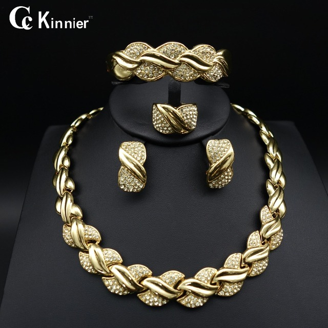 Fashion of women jewelry set African Dubai gold-color Exaggerate necklace bracel