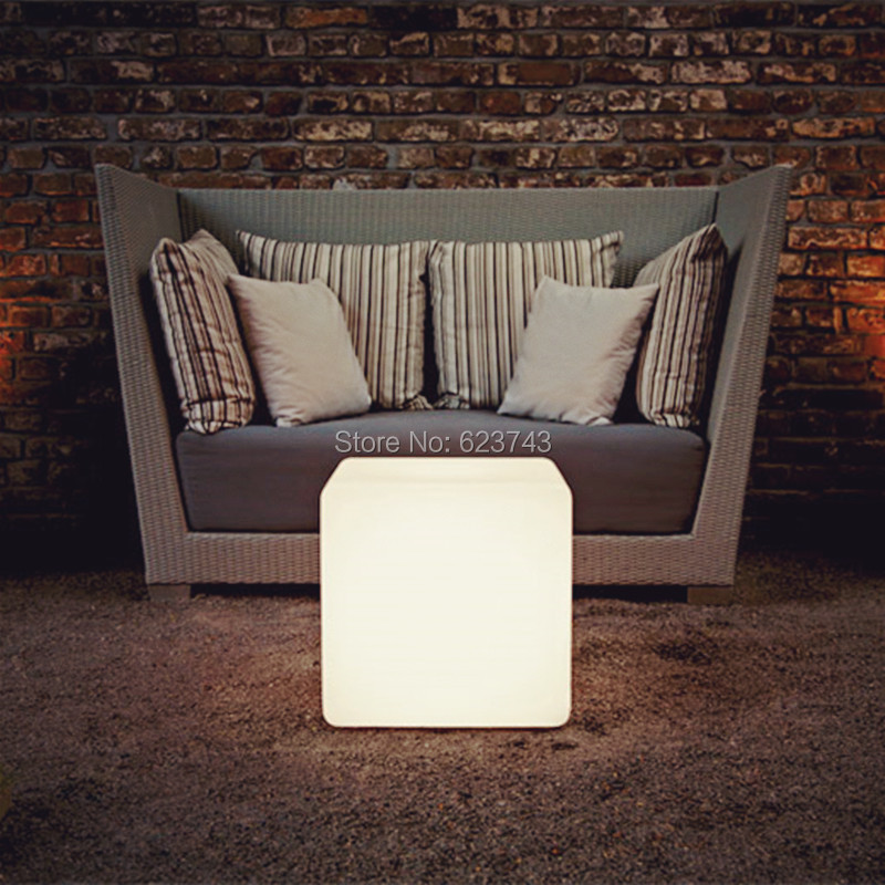 Fashion Modern Outdoor Waterproof 50CM GLOWING Rechargeable Luminous Cube Led Bar Chair Barstools Remote Control Led Cube Table