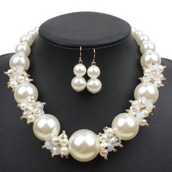 9377e4589c42 Grandes perlas cristal joyería Set moda imitación perla conjuntos de joyería  mujeres Boda nupcial collar pendientes 2 piezas Dropshpping
